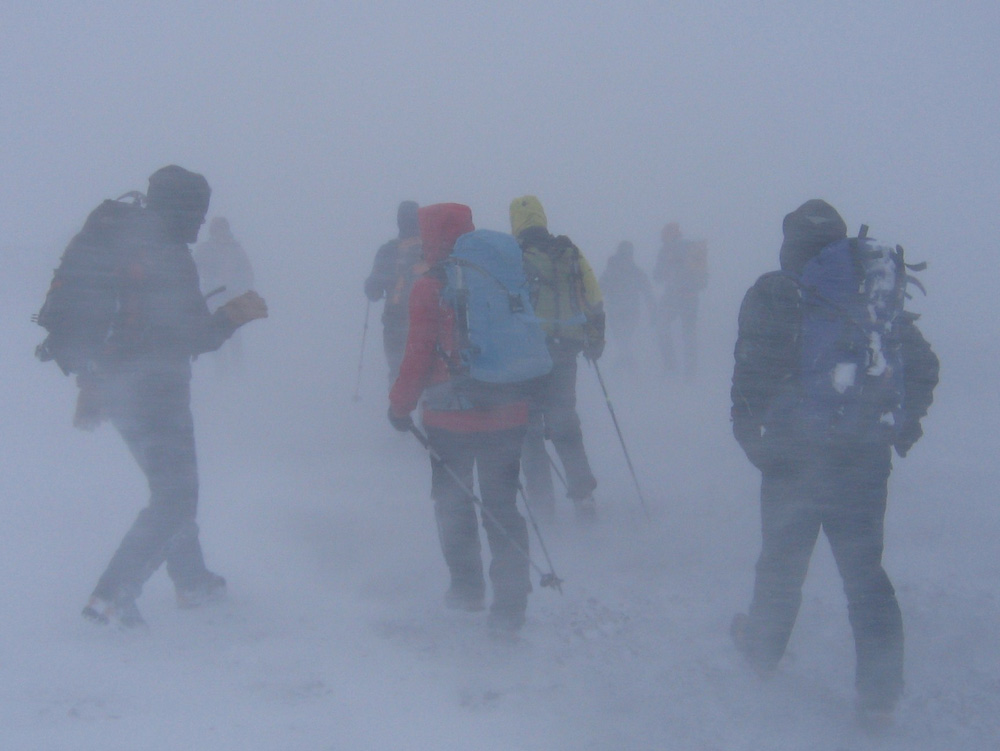Walking Out in the average Scottish White-out, 148 kb