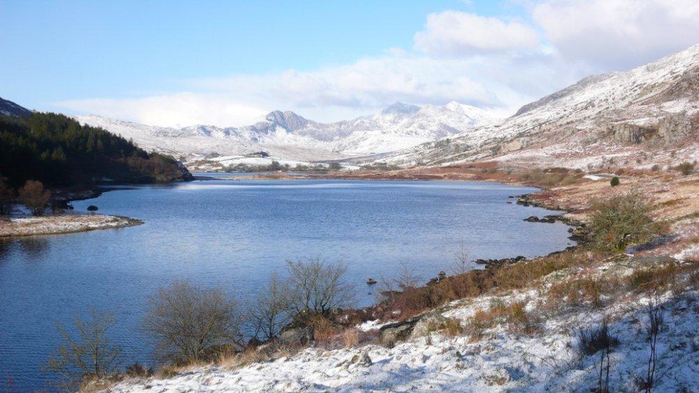 The Snowdon Horeshoe in prime winter conditions, 112 kb