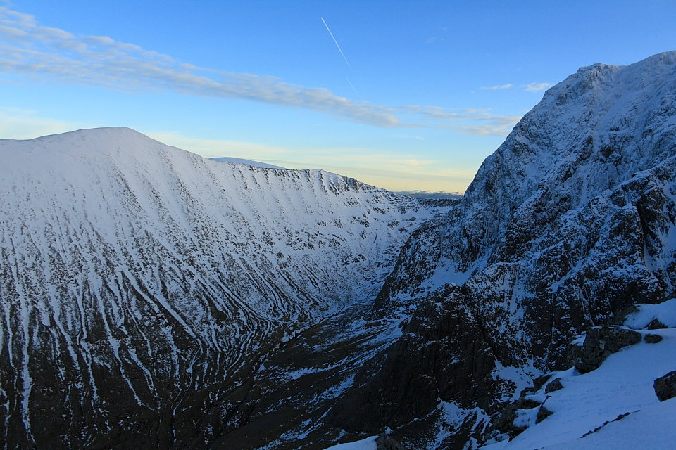 Carn Mor Dearg and the North East Buttress of Ben Nevis from Ledge Route; the CMD Arete links the two hills , 172 kb