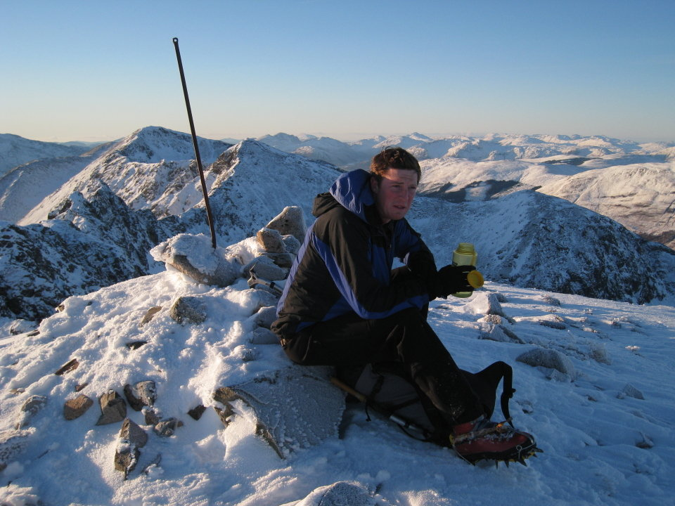 Forcing down cold water on Aonach Eagach, 144 kb