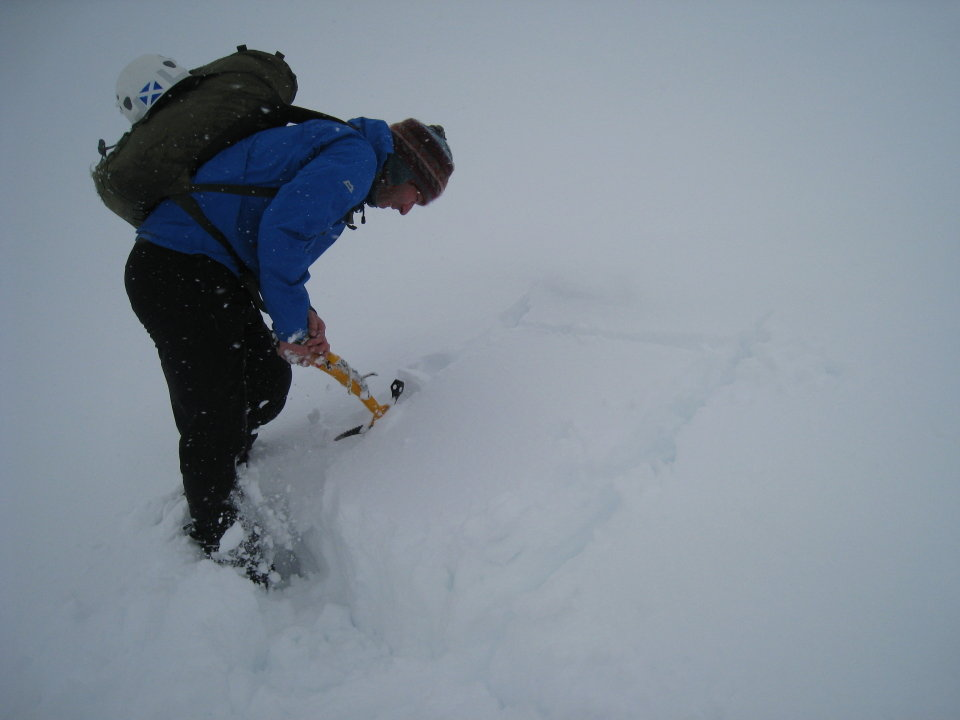 A quick, simple test of the snowpack is a precaution worth taking in iffy conditions , 49 kb