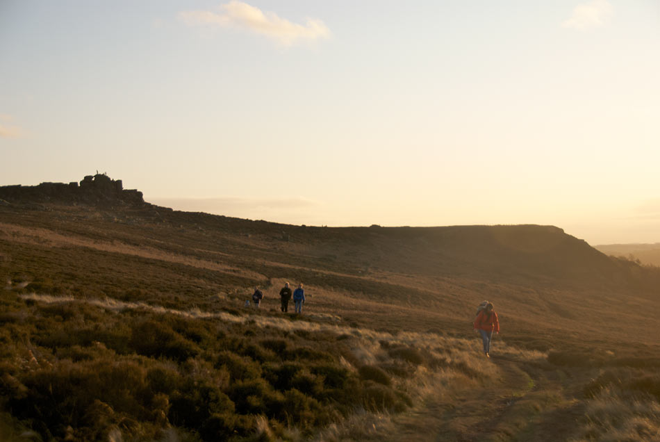 Hathersage Owler Tor - Family Walk, walking away from Owler Tor, 56 kb