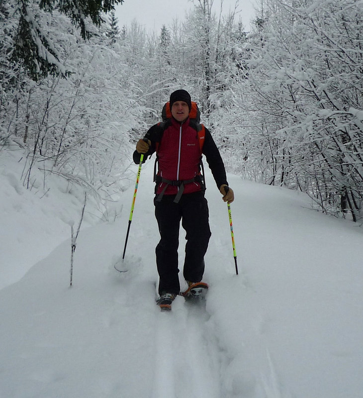 Snowshoeing in the Variant, 127 kb