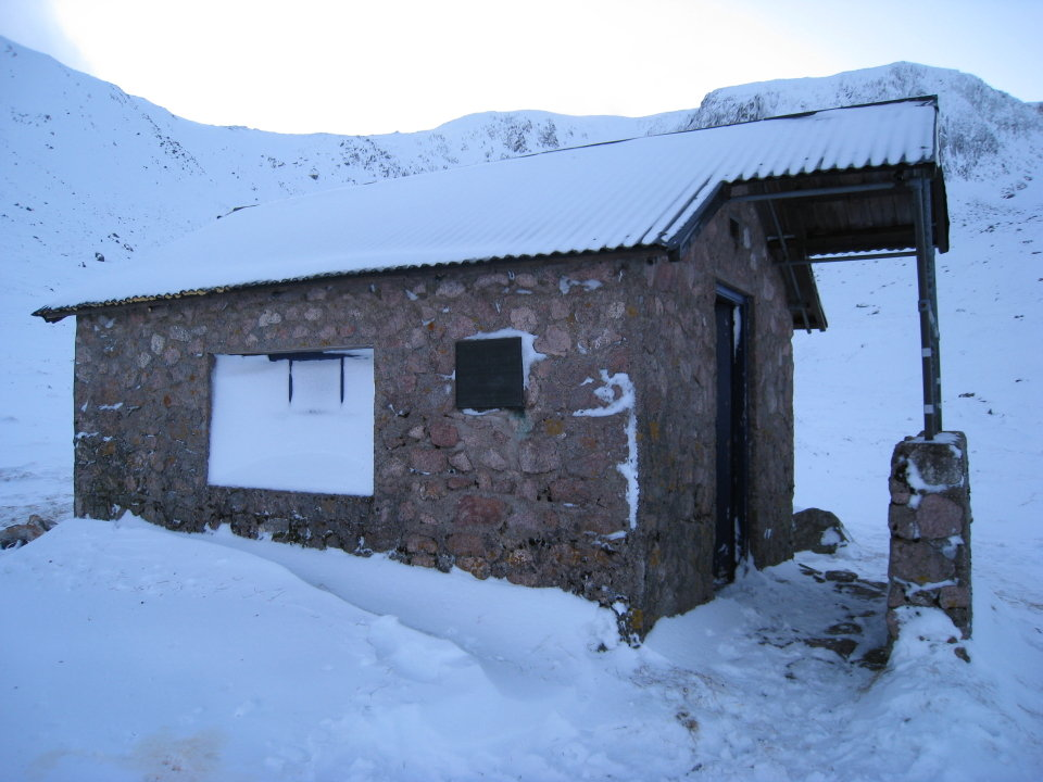 The Hutchie as was - a miserable ice box (even in summer), 107 kb