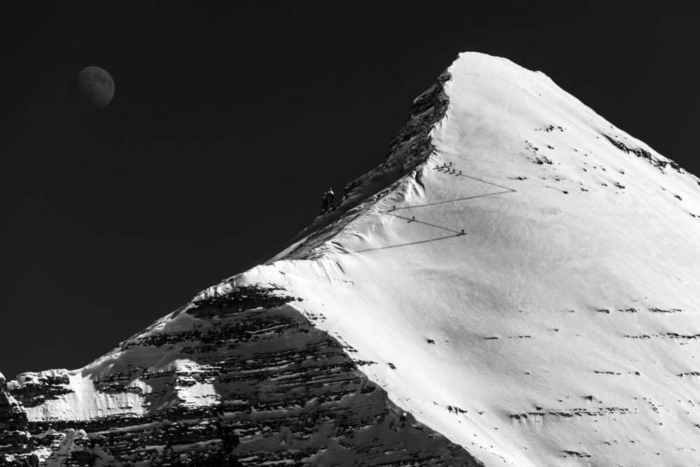Approaching the summit of Tofana di Rozes (3225m) , 100 kb